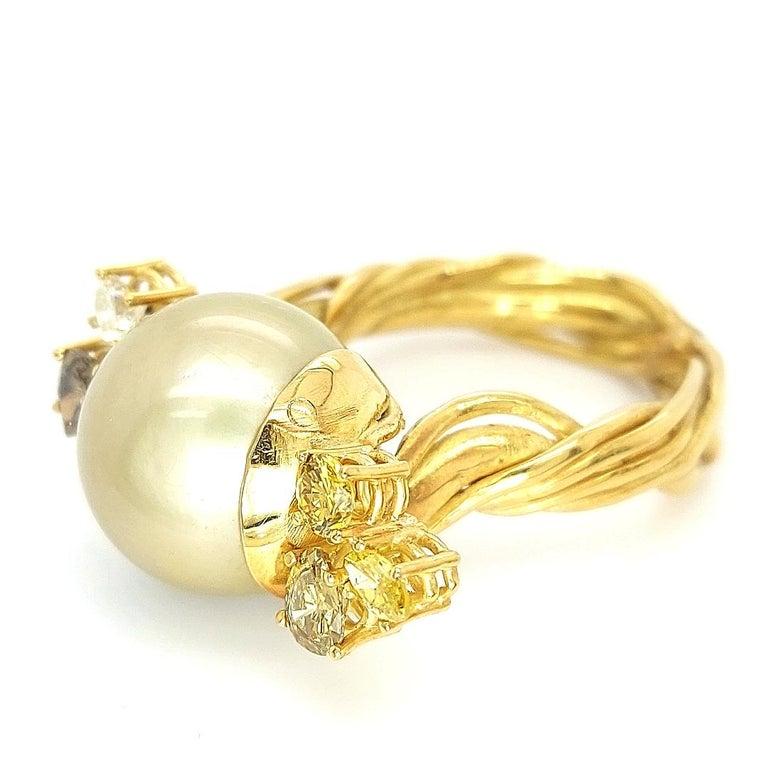 Artisan De Saedeleer 18Kt Yellow Gold Tahiti Pearl and 1.22 Carat Diamonds Ring For Sale 3