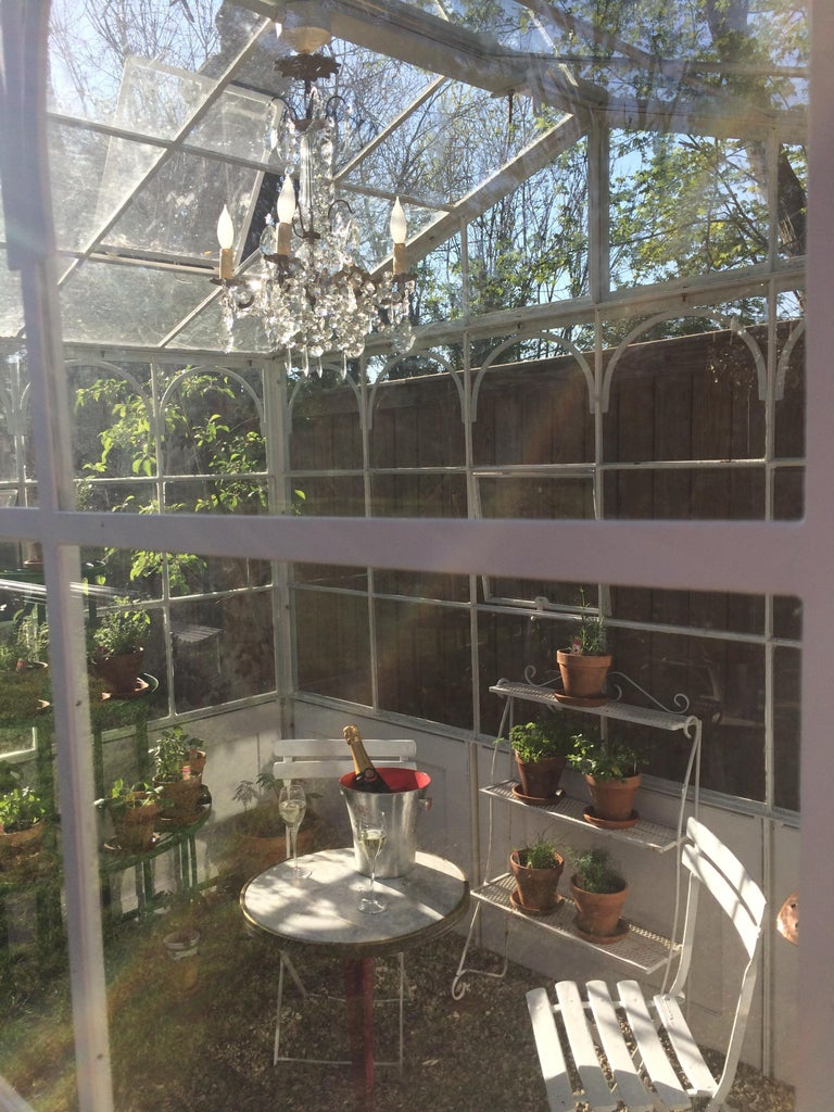 Artisan-Made Welded Steel Greenhouse with Glass Panes In Good Condition For Sale In Fayetteville, AR