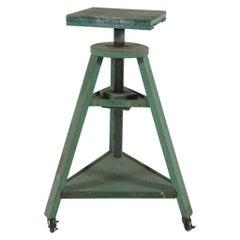 Artist Pedestal in Green Paint