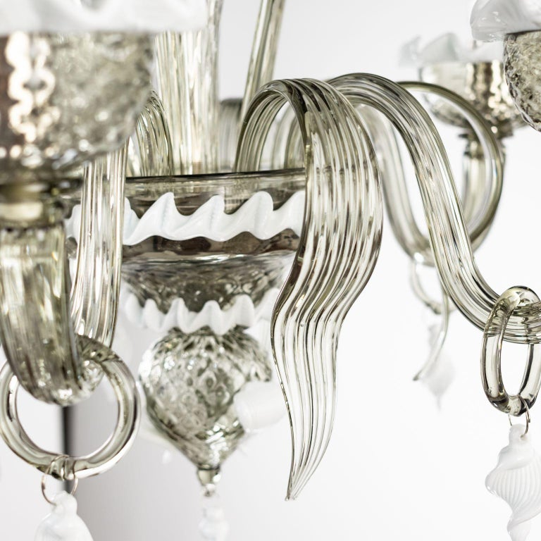 Artistic Chandelier 5 Arms Dark Grey Murano Glass White Details by Multiforme For Sale 6