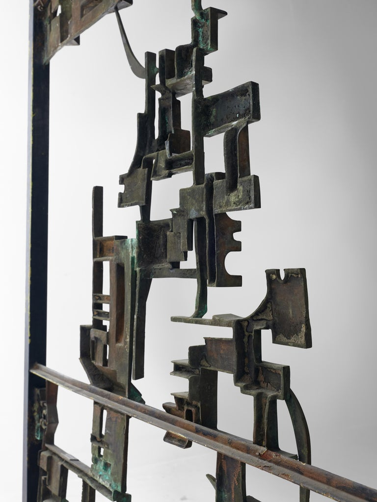 Artistic Hand-Crafted Room Divider in Bronze For Sale 1