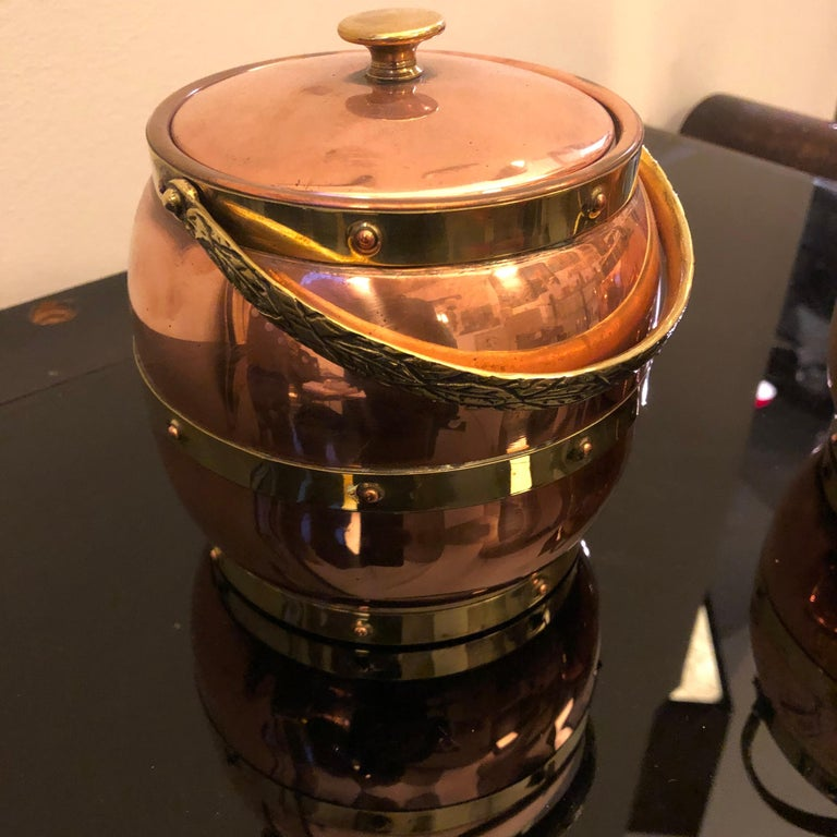 20th Century Arts & Crafts Copper and Brass British Ice Bucket, circa 1924 For Sale