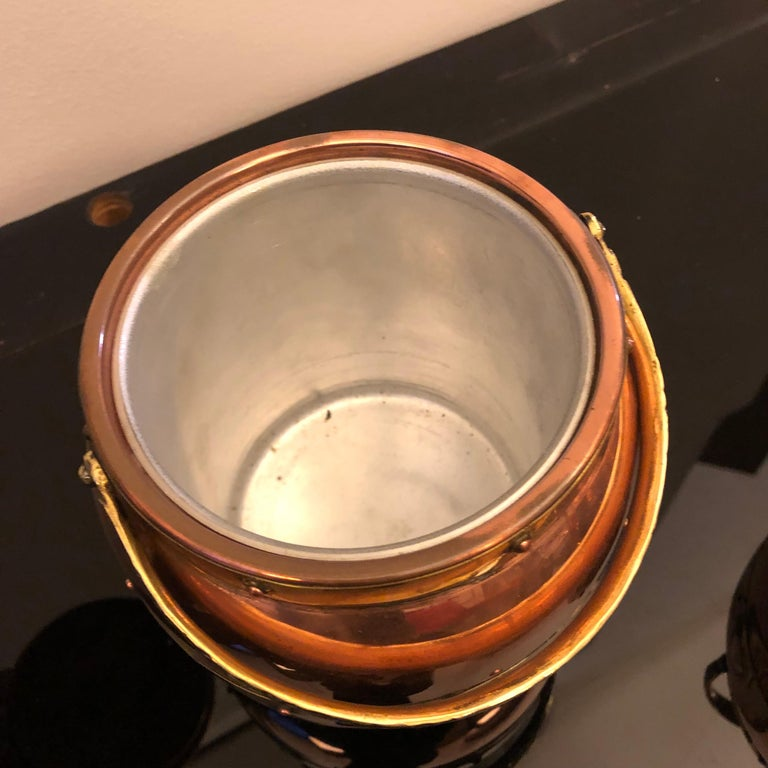 Arts & Crafts Copper and Brass British Ice Bucket, circa 1924 For Sale 3