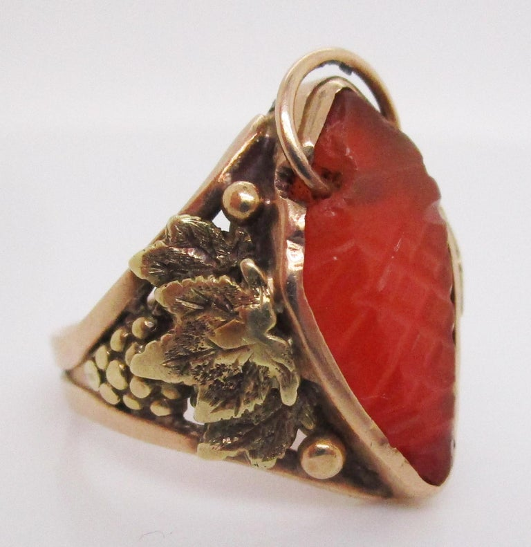 Arts and Crafts Arts & Crafts Handmade 14 Karat Yellow Gold Carnelian Ring with Grape Leaf Motif For Sale