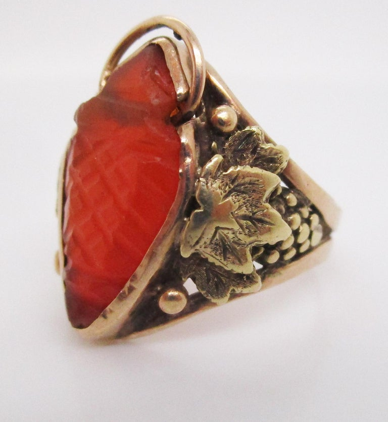 Uncut Arts & Crafts Handmade 14 Karat Yellow Gold Carnelian Ring with Grape Leaf Motif For Sale