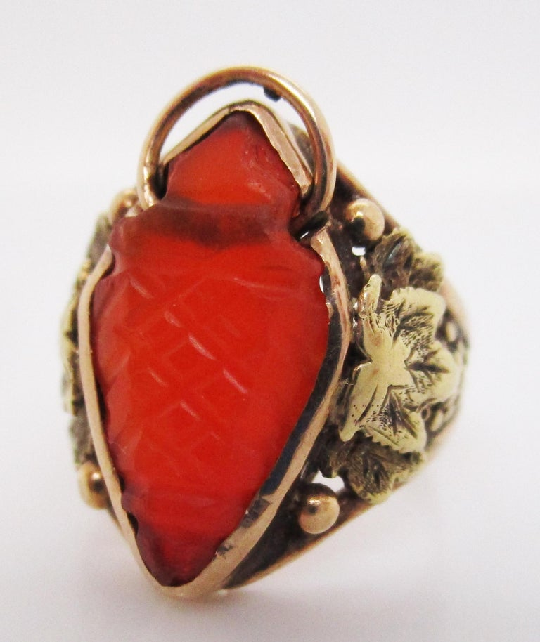 Women's or Men's Arts & Crafts Handmade 14 Karat Yellow Gold Carnelian Ring with Grape Leaf Motif For Sale
