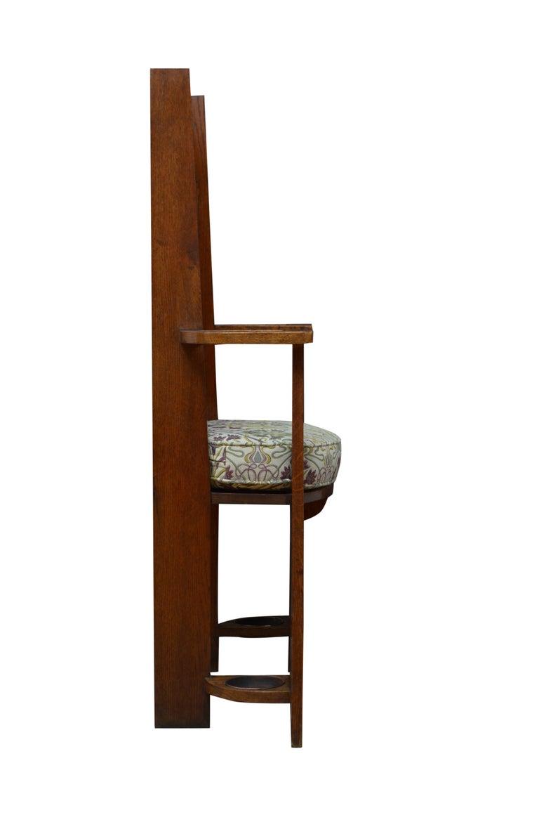 Arts & Crafts Oak Hall Seat For Sale 7