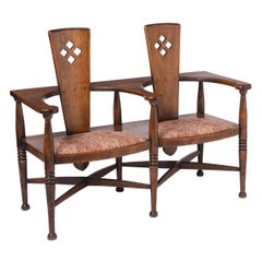 Arts and Crafts Oak Settle Designed by George Henry Walton, England circa 1890