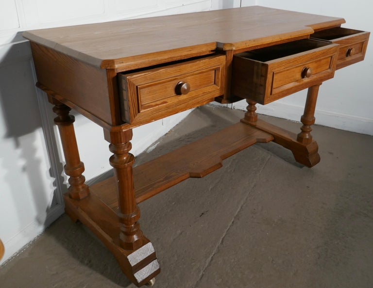 Arts & Crafts Pitch Pine Writing Table For Sale 2