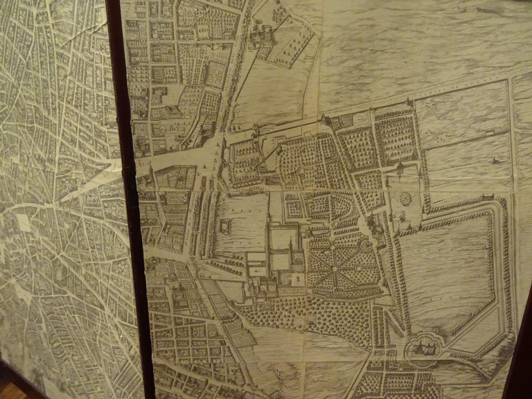 Arts & Crafts Wooden Screen with Madrid Map Engraving For Sale 2