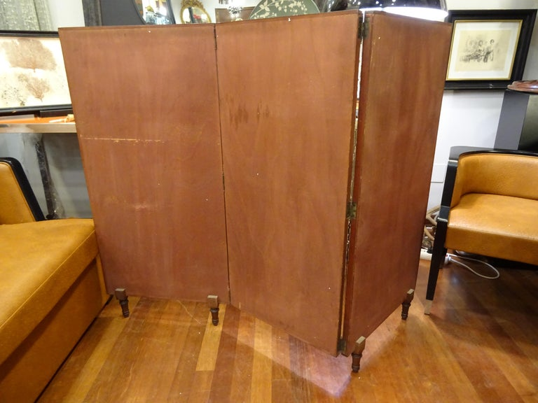 Arts & Crafts Wooden Screen with Madrid Map Engraving For Sale 3
