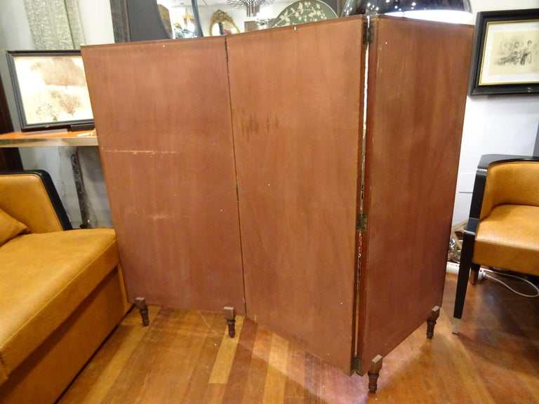 Arts & Crafts Wooden Screen with Madrid Map Engraving For Sale 4