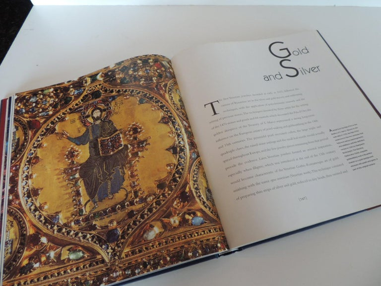 Italian Arts & Craft in Venice Rare Hard-Cover Vintage Coffee Table Book For Sale