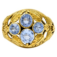 Arts & Crafts 2.20 Carats Sapphire 14 Karat Green Gold Foliate Ring