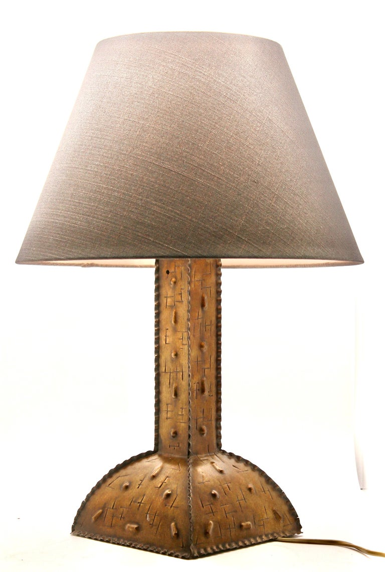 Brass Arts & Crafts, Beaten Copper Table Lamp with Original Patina, Handmade For Sale