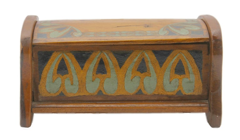 Hand-Crafted Arts & Crafts Box with Decorative Hand Painted Decor, circa 1910 For Sale