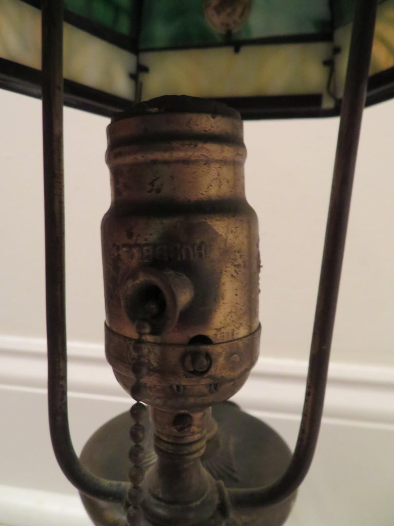 American Arts & Crafts Bradley and Hubbard Brass Genie Slag Glass Lamp For Sale