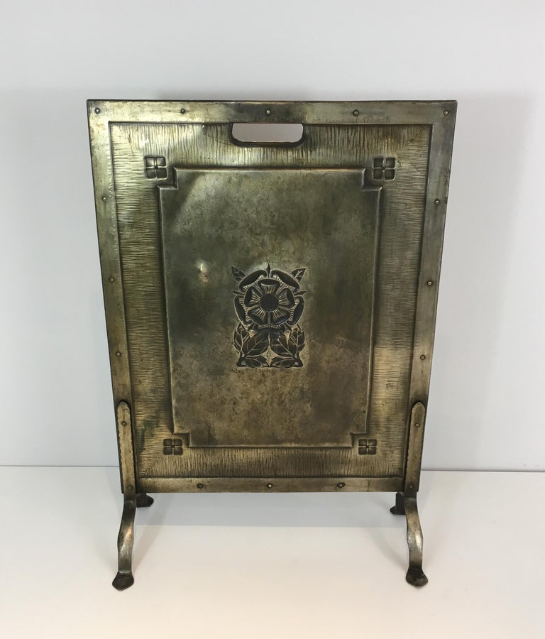 Arts & Crafts Brass and Iron Fire Place Screen, circa 1900 For Sale 8
