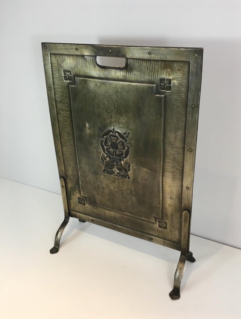 Arts & Crafts Brass and Iron Fire Place Screen, circa 1900 For Sale 9