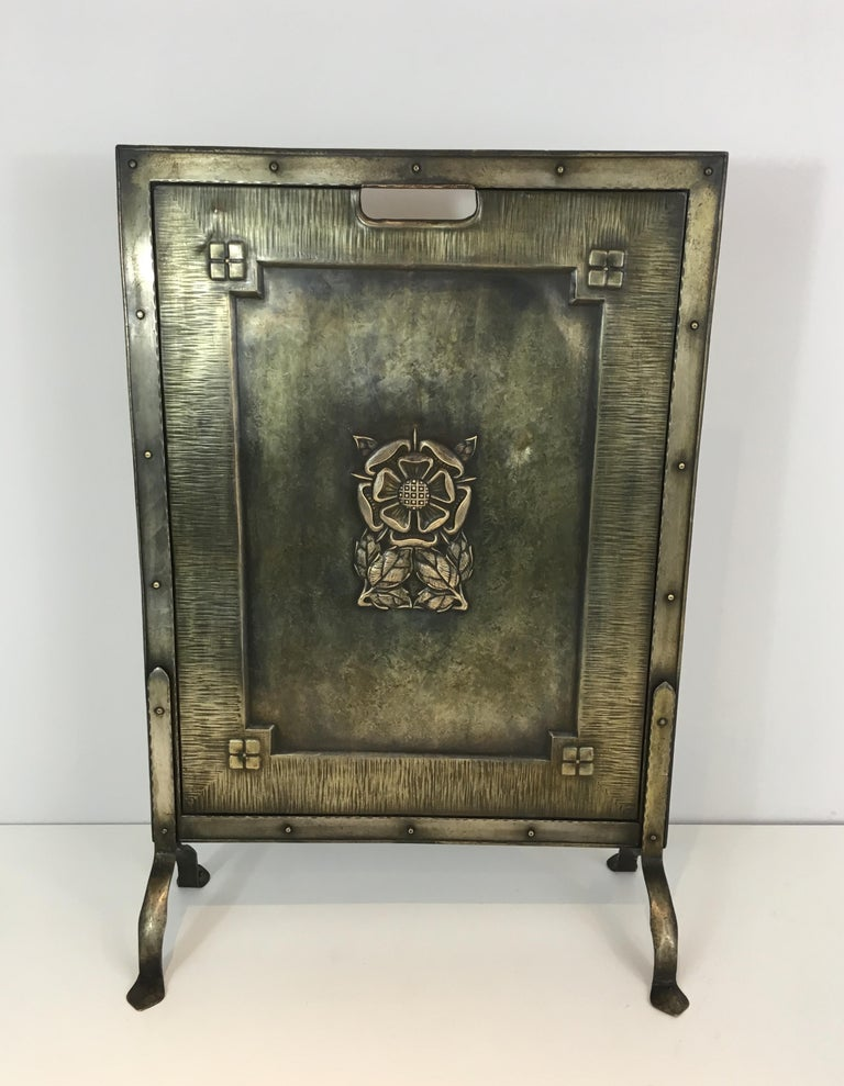 Arts and Crafts Arts & Crafts Brass and Iron Fire Place Screen, circa 1900 For Sale