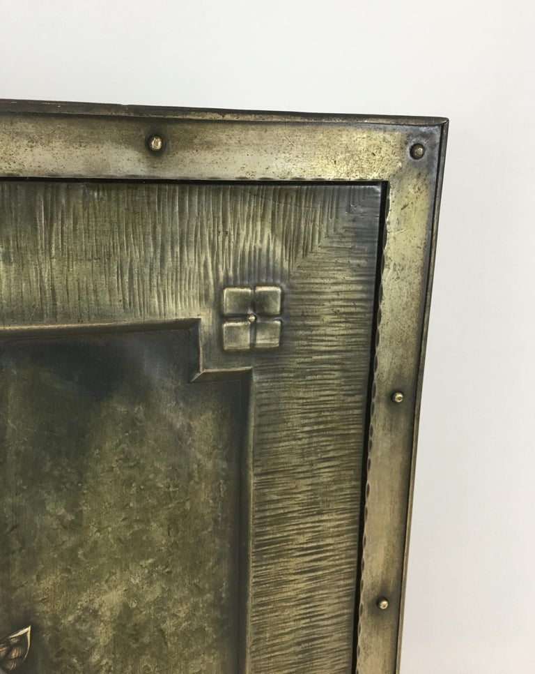 Arts & Crafts Brass and Iron Fire Place Screen, circa 1900 For Sale 3