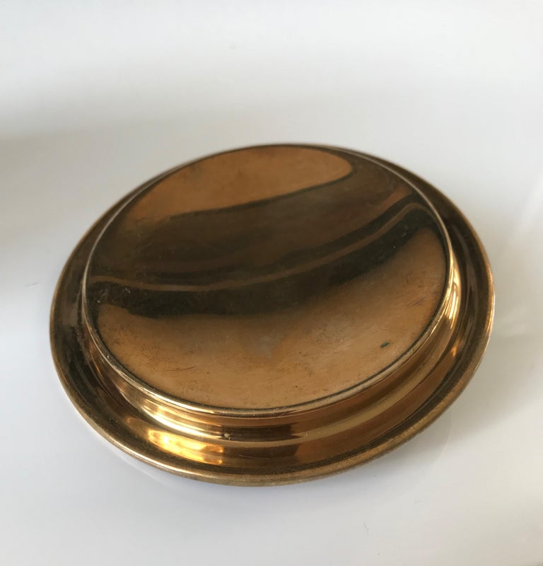 Arts & Crafts Brass and Wood Round Box by Erhard & Sohne, Vienna Secessionist For Sale 4