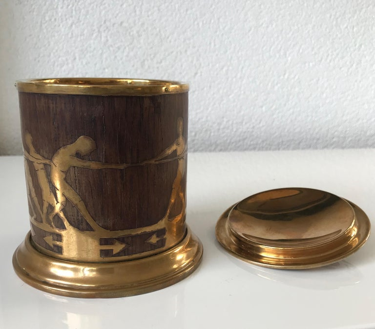 Arts & Crafts Brass and Wood Round Box by Erhard & Sohne, Vienna Secessionist For Sale 5
