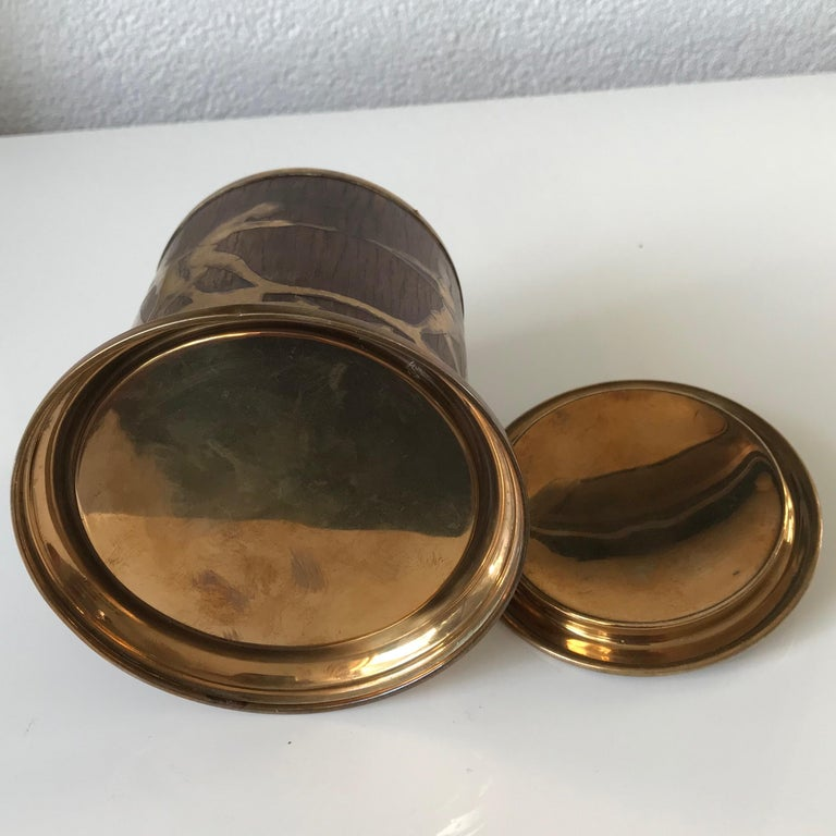 Arts & Crafts Brass and Wood Round Box by Erhard & Sohne, Vienna Secessionist For Sale 6