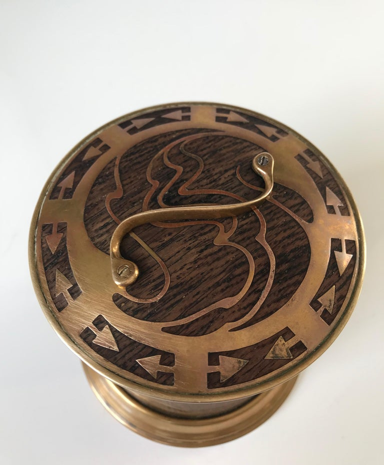 Arts & Crafts Brass and Wood Round Box by Erhard & Sohne, Vienna Secessionist For Sale 1