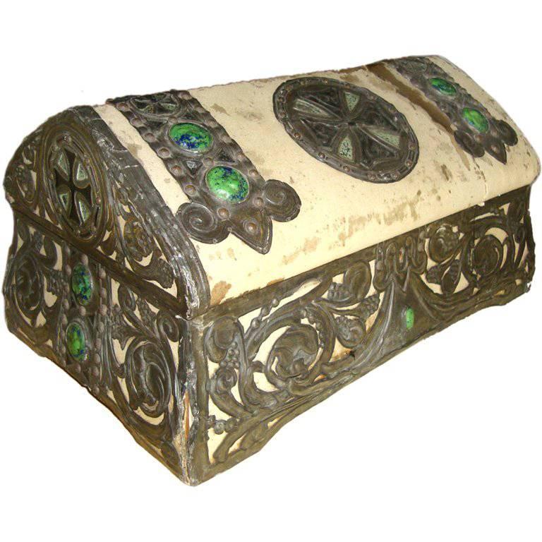 Arts & Crafts Coffer /Jewelry Box