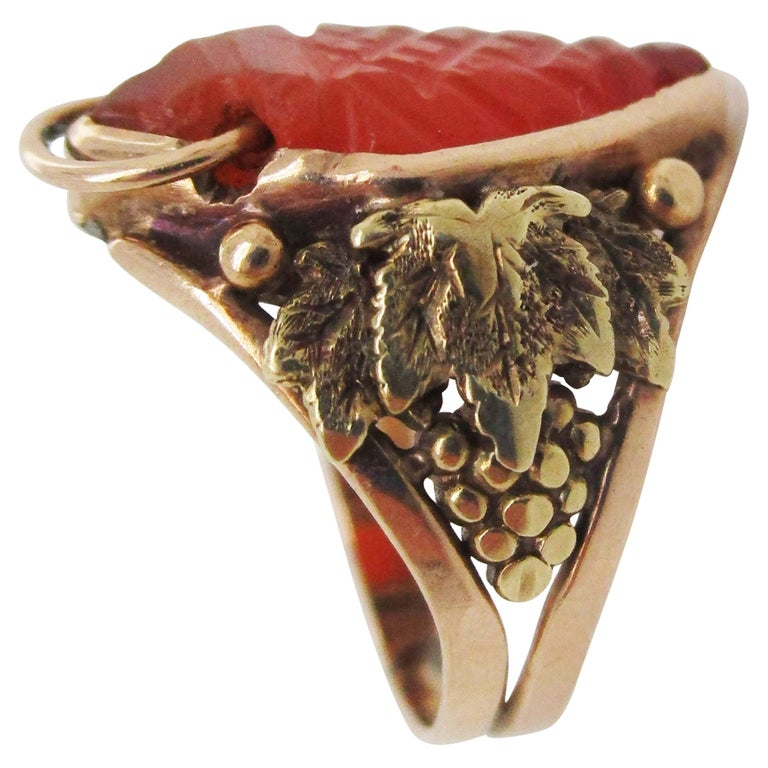 Arts & Crafts Handmade 14 Karat Yellow Gold Carnelian Ring with Grape Leaf Motif For Sale