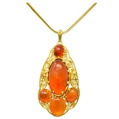Arts & Crafts Mexican Fire Opal Cabochon 18 Karat Yellow Gold Pendant Necklace