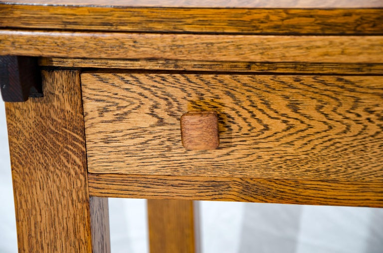 Arts & Crafts Mission Oak Library or Breakfast Table with Two Leaves, Two Chairs For Sale 7
