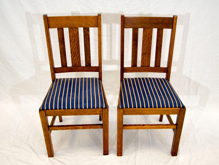 Arts & Crafts Mission Oak Library or Breakfast Table with Two Leaves, Two Chairs For Sale 12