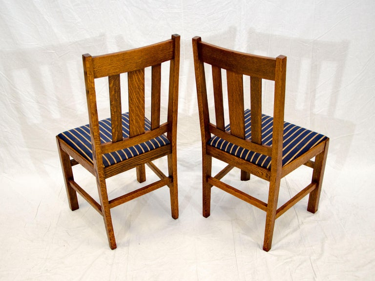Arts & Crafts Mission Oak Library or Breakfast Table with Two Leaves, Two Chairs For Sale 14