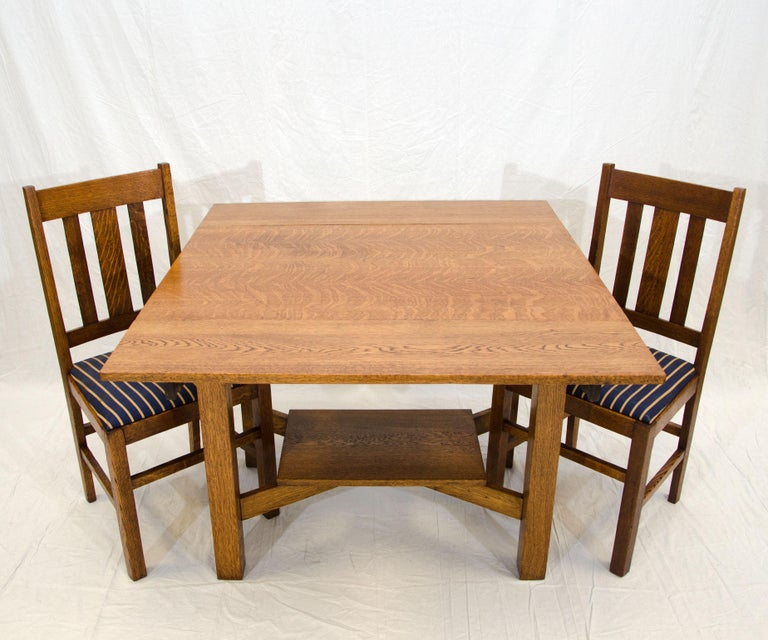 Arts & Crafts Mission Oak Library or Breakfast Table with Two Leaves, Two Chairs In Good Condition For Sale In Crockett, CA