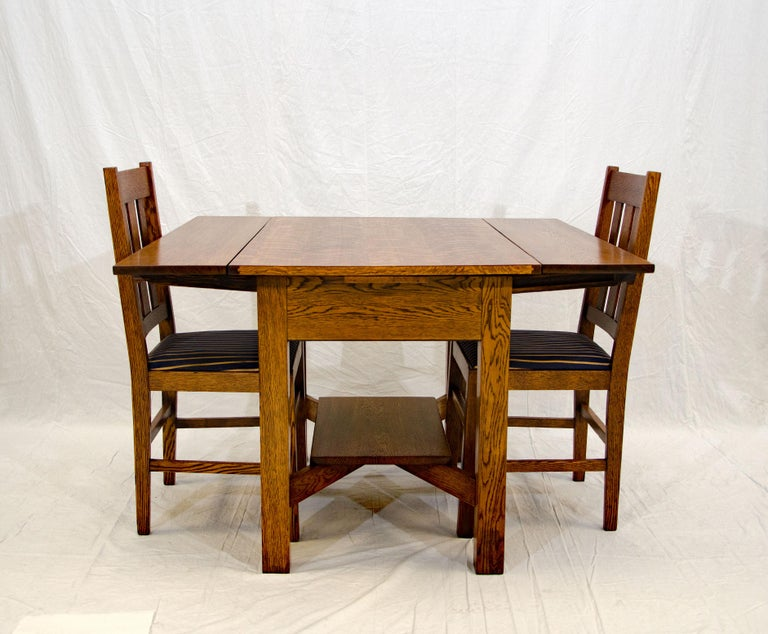 20th Century Arts & Crafts Mission Oak Library or Breakfast Table with Two Leaves, Two Chairs For Sale