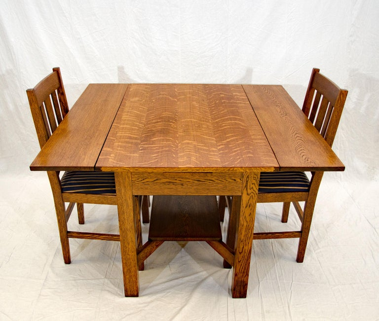 Arts & Crafts Mission Oak Library or Breakfast Table with Two Leaves, Two Chairs For Sale 1