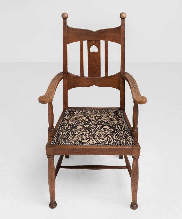 English Arts & Crafts Oak Dining Chairs, England, circa 1900 For Sale