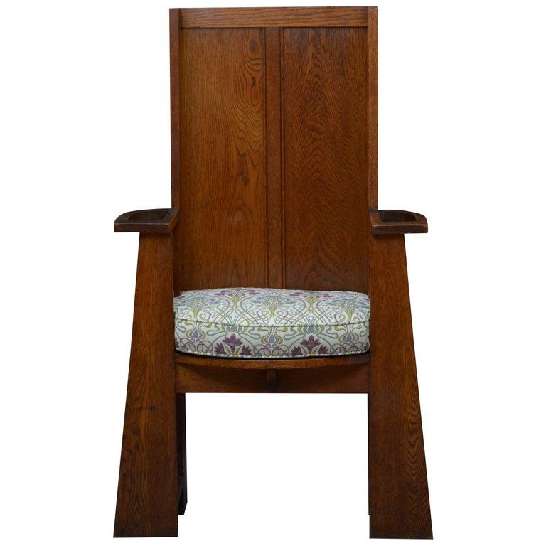 Arts & Crafts Oak Hall Seat For Sale