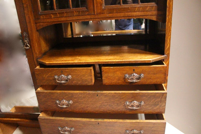 Arts & Crafts Oak Wardrobe Purchased from Liberty & Co. London In Good Condition For Sale In Heathfield, East Sussex