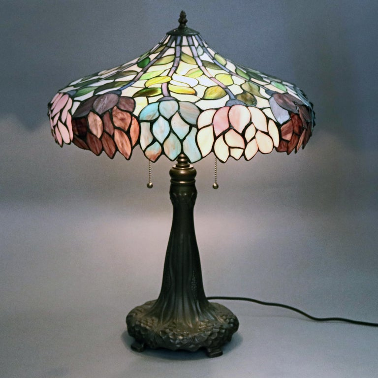 Arts & Crafts Style Tiffany School Leaded Glass Mosaic Table Lamp, 20th Century In Good Condition For Sale In Big Flats, NY