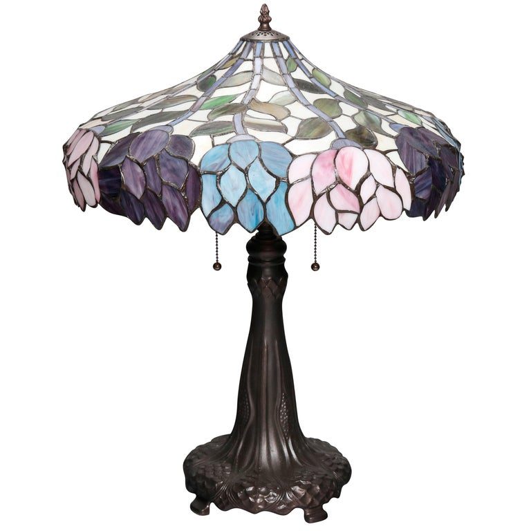 Arts & Crafts Style Tiffany School Leaded Glass Mosaic Table Lamp, 20th Century For Sale