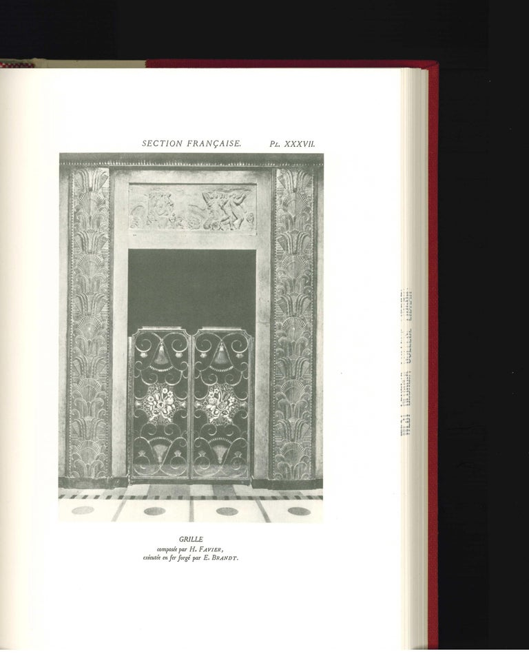 Arts Decoratifs and Industriels Modernes, Set of 12 Books 'ex library copy' For Sale 1