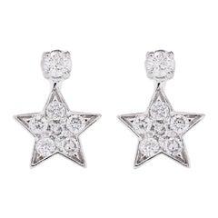 AS29 18 Karat White Gold Star Diamond Stud Earrings