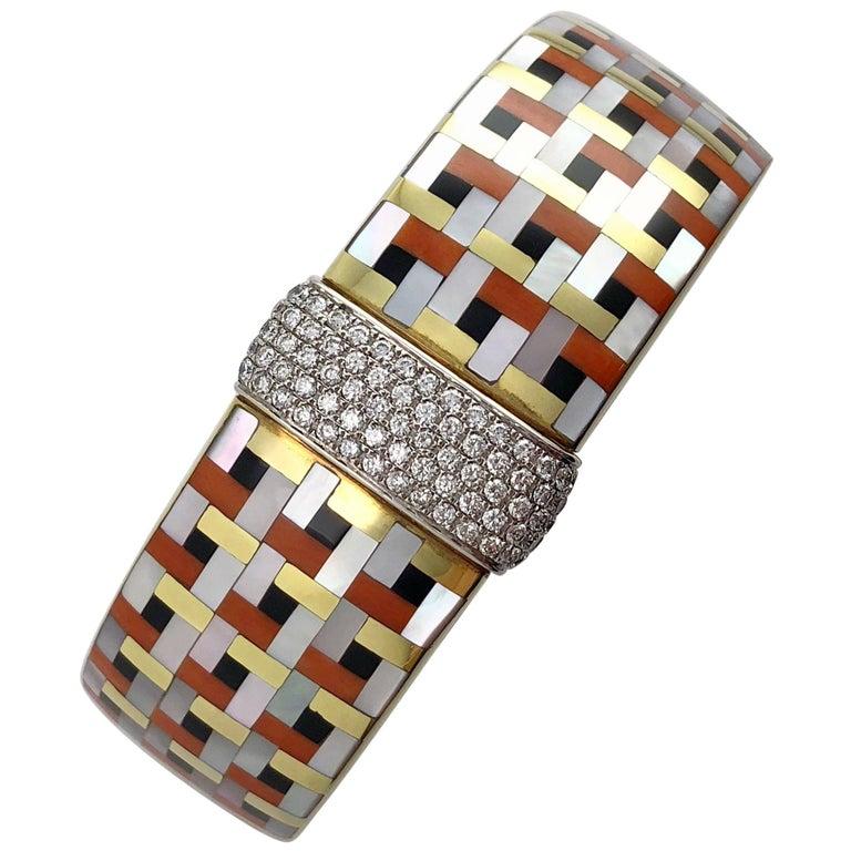 Asch Grossbardt 18 Karat Gold and 1.39 Carat Diamond  Inlaid Bracelet For Sale