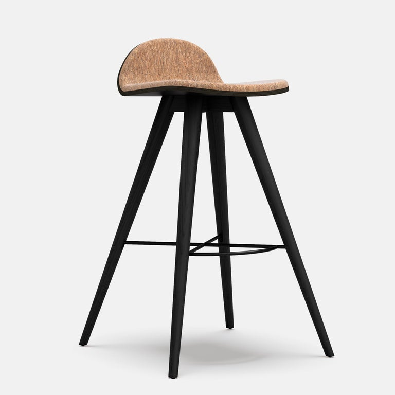 Ash and Fabric Contemporary Counter Stool In New Condition For Sale In Geneve, CH