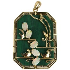 Asian 14 Karat Gold Malachite Opal Pendant Bird Necklace 14 Karat