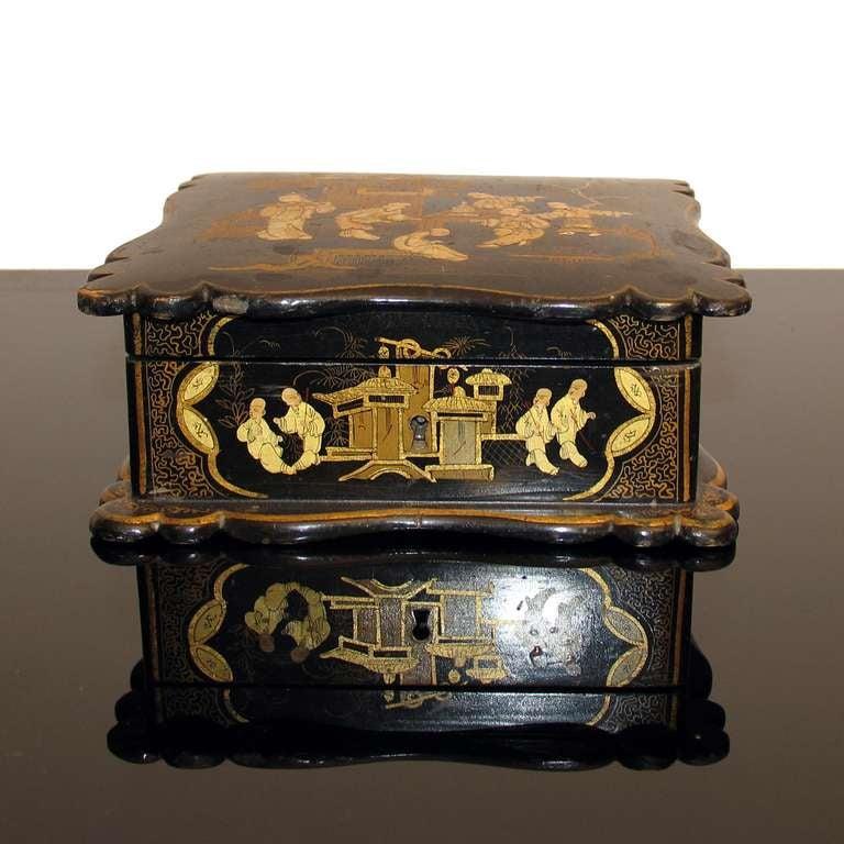 French Asian Decor Jewelry Box in Black Lacquer Napoleon III For Sale