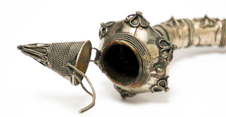 Asian Metal Filigree Ladies Opium Pipe For Sale 2